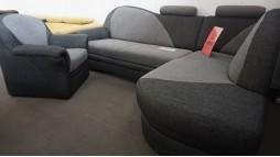 12003.22 Svetainės kampas su gobelenu + FOTELIS iš Vokietijos. Yra miegama funkcija ir patalynės dėžė AKCIJA! 680 eur.