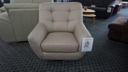 12006.44 Fotelis iš Vokietijos 295 eur.