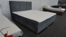 12106.27 Miegamojo lova su patalynės dėže ir ančiužiniu iš Vokietijos. 785 eur.